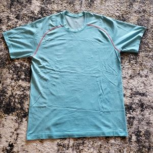 LuLu Lemon Mens Athletic Shirt